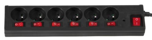 multiprise bloc 6 prises avec interrupteurs pour chaque prise. Black Bedroom Furniture Sets. Home Design Ideas