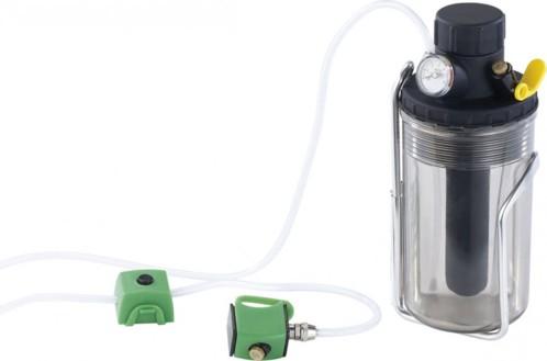 Bidon avec vaporisateur et pompe