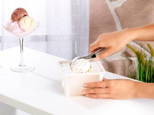 Cuillère à glace avec bouton poussoir