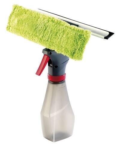 Nettoyeur de vitres avec vaporisateur intégré