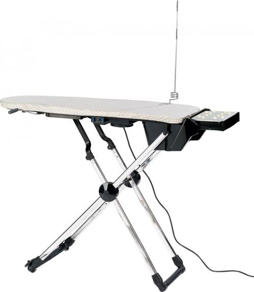 Table repasser avec fonction soufflerie anti faux plis - Table de repassage active ...