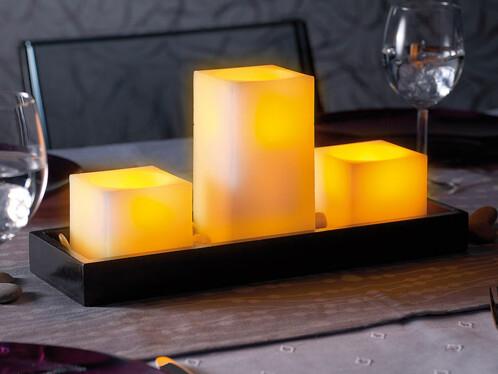 Bougies en cire à LED avec plateau en bois