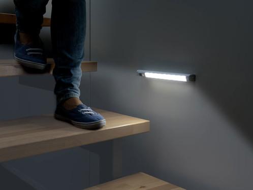 Réglette LED avec détecteur de mouvement - blanc froid