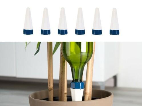 Système d'irrigation avec pointes en argile poreuse pour bouteilles en plastique PET.