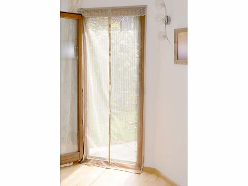 Moustiquaire beige pour porte fermeture magn tique for Porte fenetre avec moustiquaire