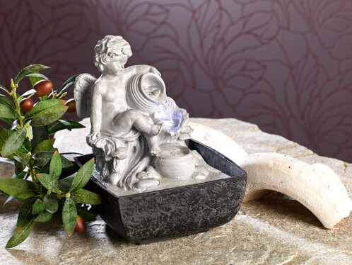 fontaine d 39 int rieur lumineuse avec statue ange style baroque. Black Bedroom Furniture Sets. Home Design Ideas