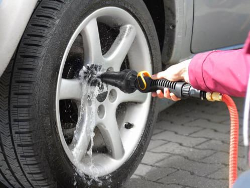 brosse rotative pour nettoyage voiture carrosserie jantes aluminium