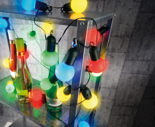 guirlande guinguette solaire simple guirlande duextrieur guirlande guinguette multicolore. Black Bedroom Furniture Sets. Home Design Ideas