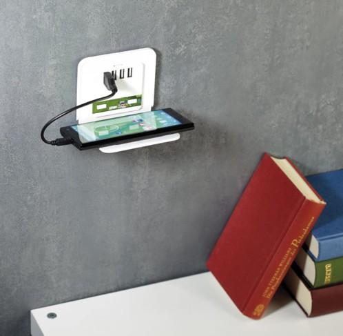 prise murale 110 240v avec 4 ports usb et support t l phone. Black Bedroom Furniture Sets. Home Design Ideas