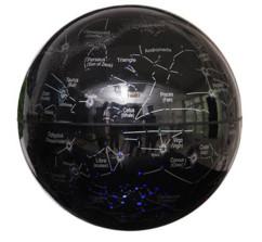 Globe à lévitation magnétique avec carte des constellations