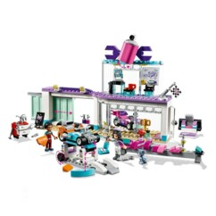 LEGO Friends l'atelier de customisation de kart.