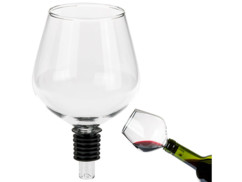 Embout pour bouteille en forme de verre à vin