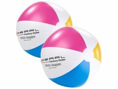 Deux ballons de plage Pearl gonflables.