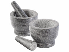 2 mortiers en granit véritable