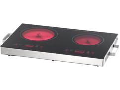 Double plaque de cuisson vitrocéramique Ø 17 cm et Ø 20 cm.