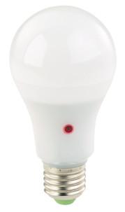 Pack de 4 ampoules LED E27 1000 lm avec détecteur d'obscurité - Blanc chaud