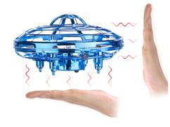 Quadricoptère autonome OVNI avec commandes à induction