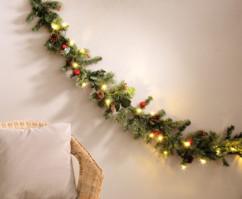 guirlande decorative pour portes et fenetre immitation branche de sapin lumineux avec led 180cm
