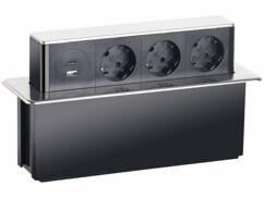 Multiprise encastrable argentée pour bureau avec 3 prises 230 V, un port USB Quick Charge 3.0 et un port USB-C Power Delivery.