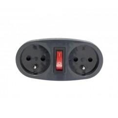 Adaptateur avec 2 prises 230 V et interrupteur.