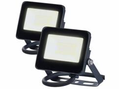 Deux mini projecteurs LED étanches de 10 Watts avec une luminosité de 800 lumens.
