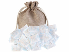 Absorbeur d'humidité avec sac de coton et 50 sachets contenant 5 grammes de gel de silice.