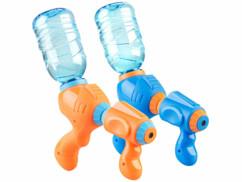 Deux pistolets à eau pour bouteille d'eau de 0,5 litres à 2 litres.