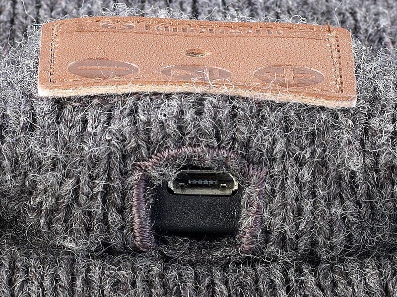bonnet mixte avec couteurs et micro bluetooth int gr pas cher. Black Bedroom Furniture Sets. Home Design Ideas