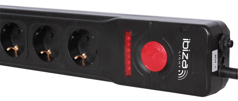 multiprise 5 prises avec t l commande sans fil ibiza light. Black Bedroom Furniture Sets. Home Design Ideas