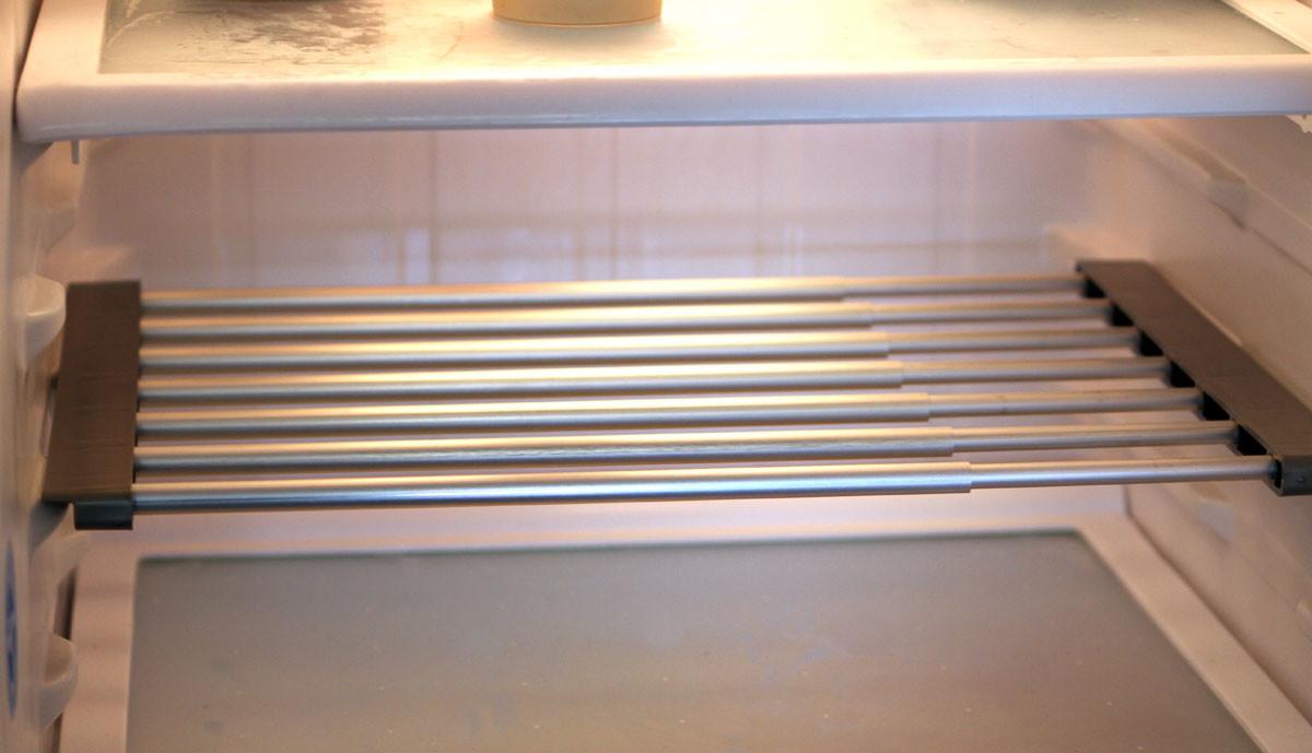 tag re suppl mentaire pour frigo avec largeur ajustable. Black Bedroom Furniture Sets. Home Design Ideas
