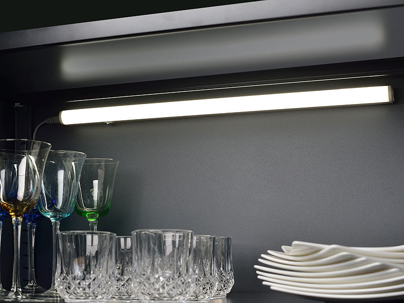 2 tubes luminescents t5 led 30 cm avec c bles de raccordement. Black Bedroom Furniture Sets. Home Design Ideas